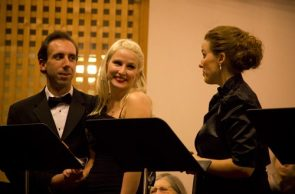 Carmela and Salvatore, left, talking with protagonist Annina after theirr wedding.