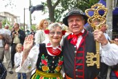 Maria and Paul Dubicki, Ambassadors to the festival, in Lowicz clothing.