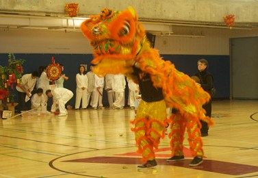 The orange dragon is met with a positive reaction from its audience.