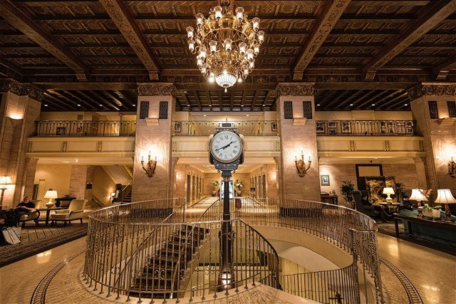 Fairmont Royal York Hotel Lobby