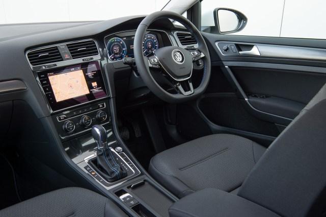 2019 Volkswagen e-Golf Interior