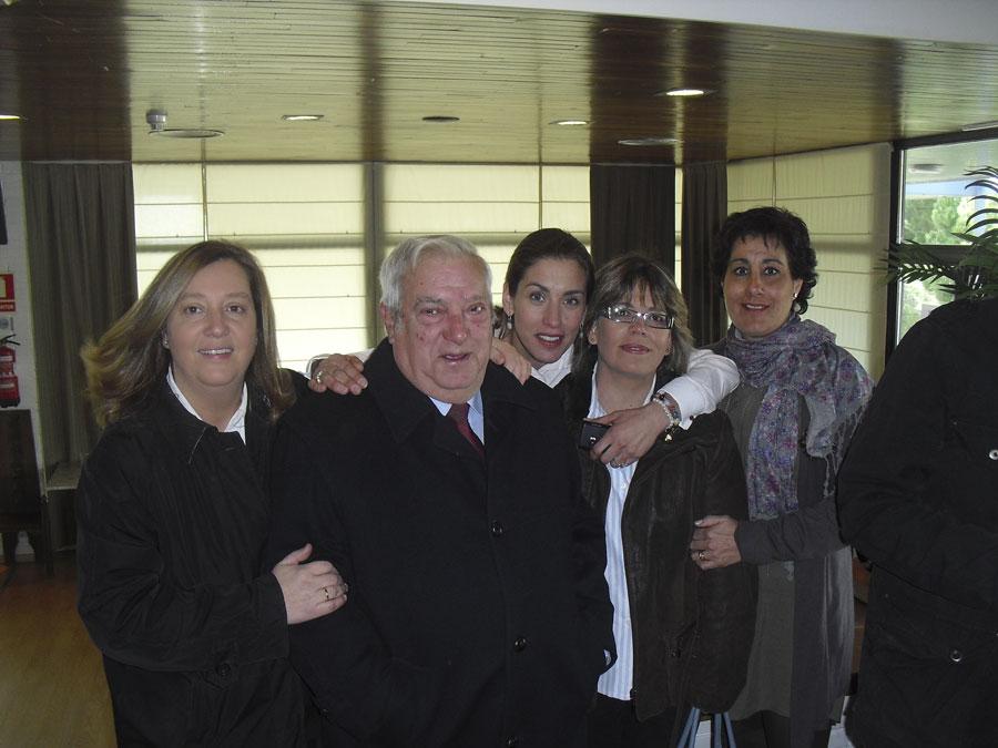 Descubren la placa conmemorativa, Francisco Granados, Carlos Galbeño y Javier García de Leaniz