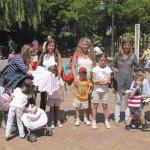 Familias numerosas torresanas en el Parque de Atracciones