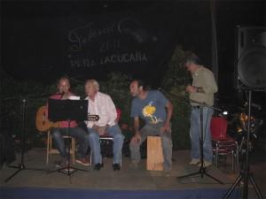 Antonio González, sorprendiendo a todos con su cante