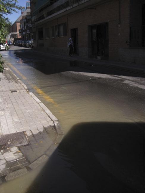 Inundación en Agapito Martínez, colonia de Torrelodones