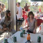 Ver los partidos de los niños y aprovechar para tomar un aperitivo entre amigos, todo un plan de fin de semana.