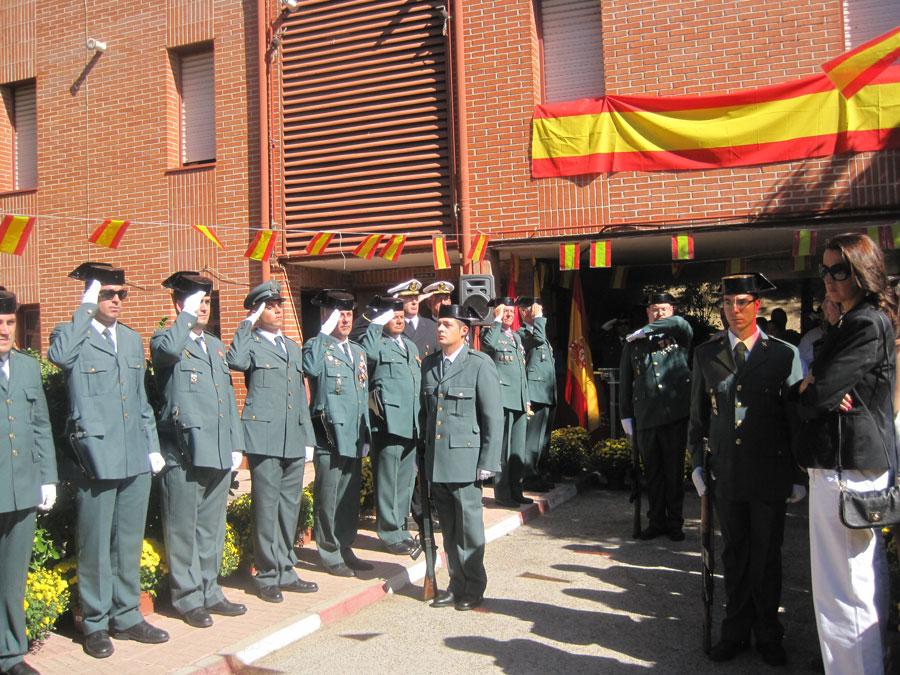 La Guardia Civil recibe con honores a su Patrona, la Virgen de Pilar