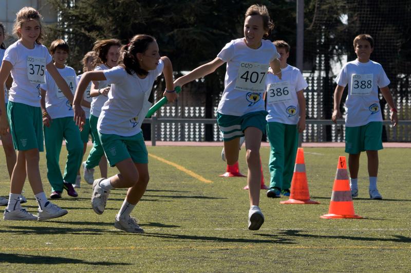 Los chicos del Colegio Los Sauces de Torrelodones, corriendo para salvar vidas