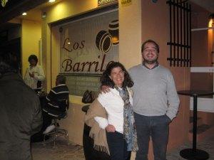 Guzmán Ruiz-Tarazona y Begoña Chinchilla en la inauguración de Los Barriles, en la colonia de Torrelodones
