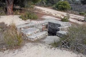 Uno de los nidos de ametralladoras que hay en el arroyo Trofas,Torrelodones. (Foto: A.E.A.C.)