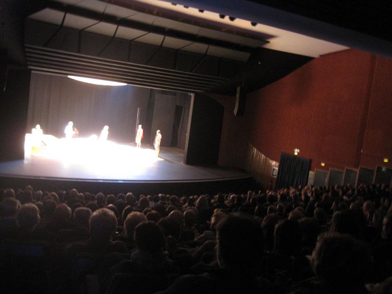 El Teatro Bulevar se llenó con la representación de