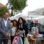 La Alcaldesa de Torrelodones (en medio), y los concejales Santiago Fernández (M. Ambiente y Urbanismo) y Rosa Rivet (Cultura)