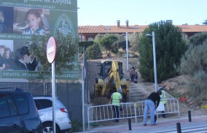 Excavadora en el AHS de Torrelodones