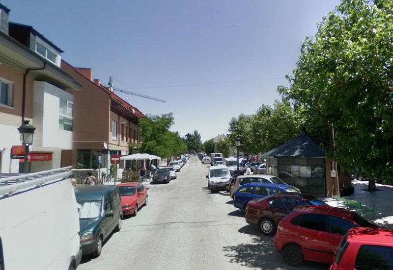 Licitan la concesión del Quiosco de la C/Real, 28 de Torrelodones (Foto de julio 2008)