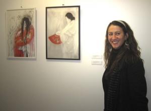 """Penelope López en la inauguración de su exposición """"Memoria Oriental Fragmentada"""" en Torrelodones"""