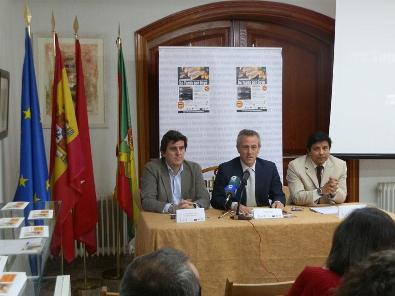 Stand de La Cimbarra, durante la presentación a los medios del Concurso De Tapas por Hoyo