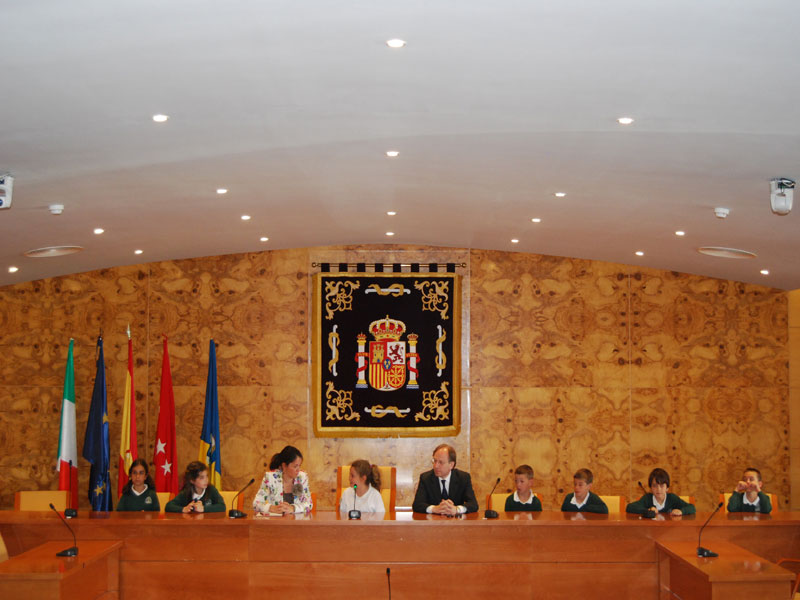 Pleno Infantil de alumnos de 3º de Primaria del Colegio San Ignacio de Torrelodones