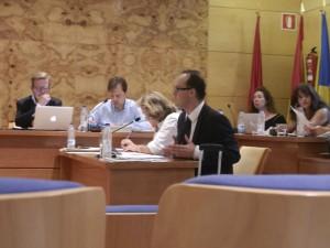 El concejal del PSOE durante el Pleno del 17-7-2013