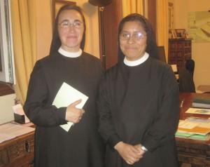 Las Auxiliares Parroquiales Madre Soraya (izquierda) y Madre Carolina (derecha)