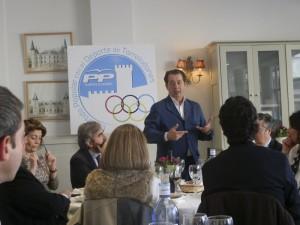 Javier Laorden, en el almuerzo-coloquio con el sector del deporte de Torrelodones