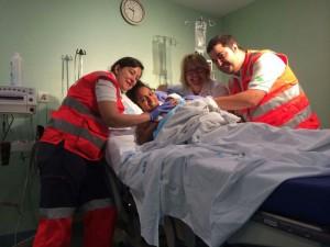 Una mujer ha dado a luz en la ambulancia de la Cruz Roja de Galapagar