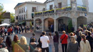 Concentración en Galapagar para mostrar su unión en la lucha contra la violencia de género