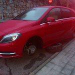 Robos de ruedas de coches en Torrelodones (Mercedes en c/Daniel Jiménez)