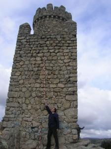 Desde la AEAC investigan el origen de la Atalaya de Torrelodones