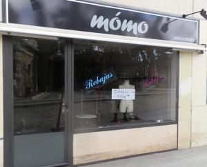 """«Cerrado por Robo» reza el cartel en la tienda """"Mómo"""", una de las últimas víctimas de la inseguridad"""