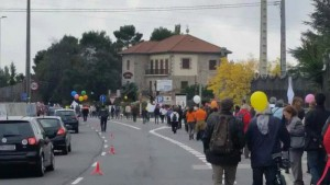 Marcha de Parquelagos a la Colonia de Torrelodones por la movilidad (Foto: cortesía de Teresa M.)