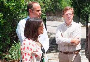 Foto: Ayto. de Torrelodones - Elena Biurrun, Santiago Fernández y Ángel Guirao (izq.)