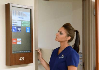 digital-patient-room-door-display