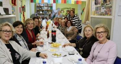 La asociación de mujeres y consumidoras Tyrius celebra la Navidad