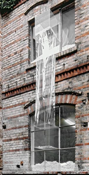 Marcin Szydlowski, Fahrstuhl, Installation