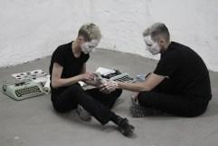 pluck & Valérie Favre, Performance
