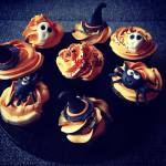 Halloween cupcake díszítés