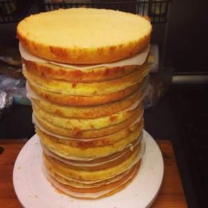 minyon-torta_osszeallitasa_tortaiksola-1 (1)