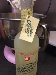 habos-mascarpones-limoncellos-poharkrem-glazurshop-tortaiskola-1-11