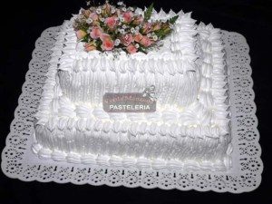 Tortas decoradas con merengue italiano (5)