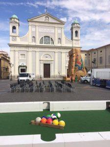 Piazza Duomo di Tortona la mattina di Quatar pass per Timurass