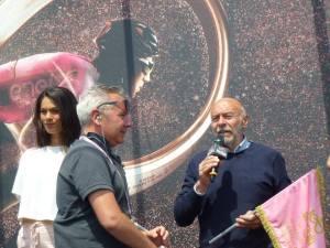 Castellania Sergio Vallenzona sul palco in piazza Candido cannavò