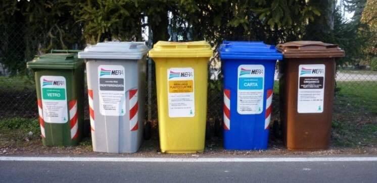 La raccolta rifiuti a Tortona è sempre più avvolta da un alone di mistero...