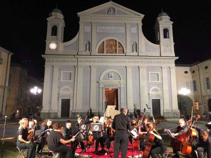 Un'immagine di Piazza Duomo durante il Perosi Festival