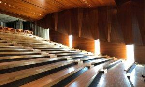 """Apre in """"modalità arena"""" il Teatro Dellepiane di Tortona. Ci sono voluti vent'anni!"""