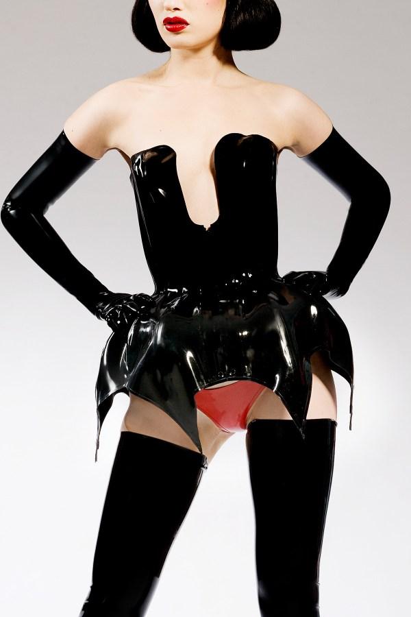 jurogomo-corset
