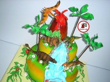 tort dinozauri 2