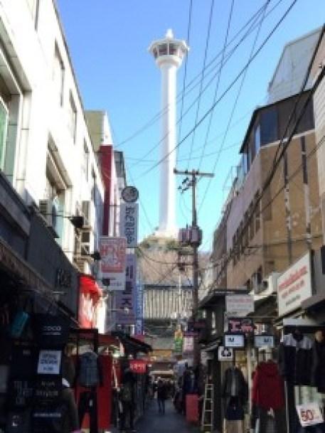 国際市場からプサンタワー