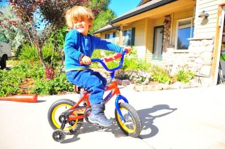Tory's first bike. Napoleon Dynamite style.