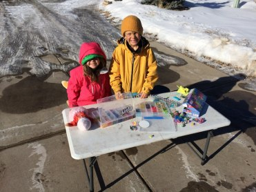 Selling the Rainbow Loom goods