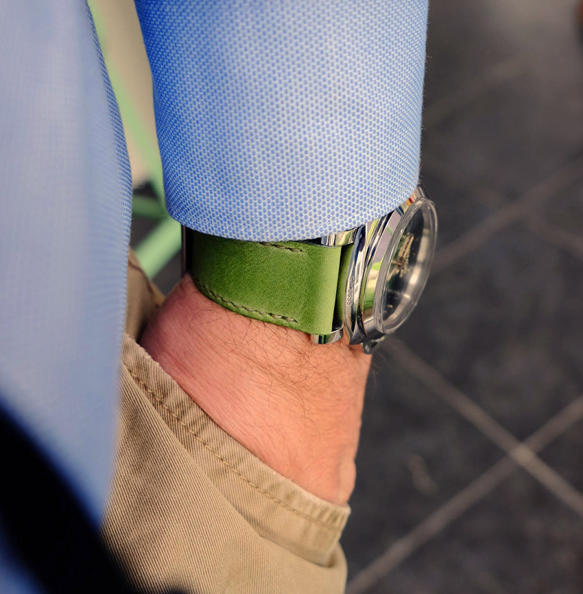 Panerai 372 on Lime leather with olive drab stitching. © Edwin De Groot